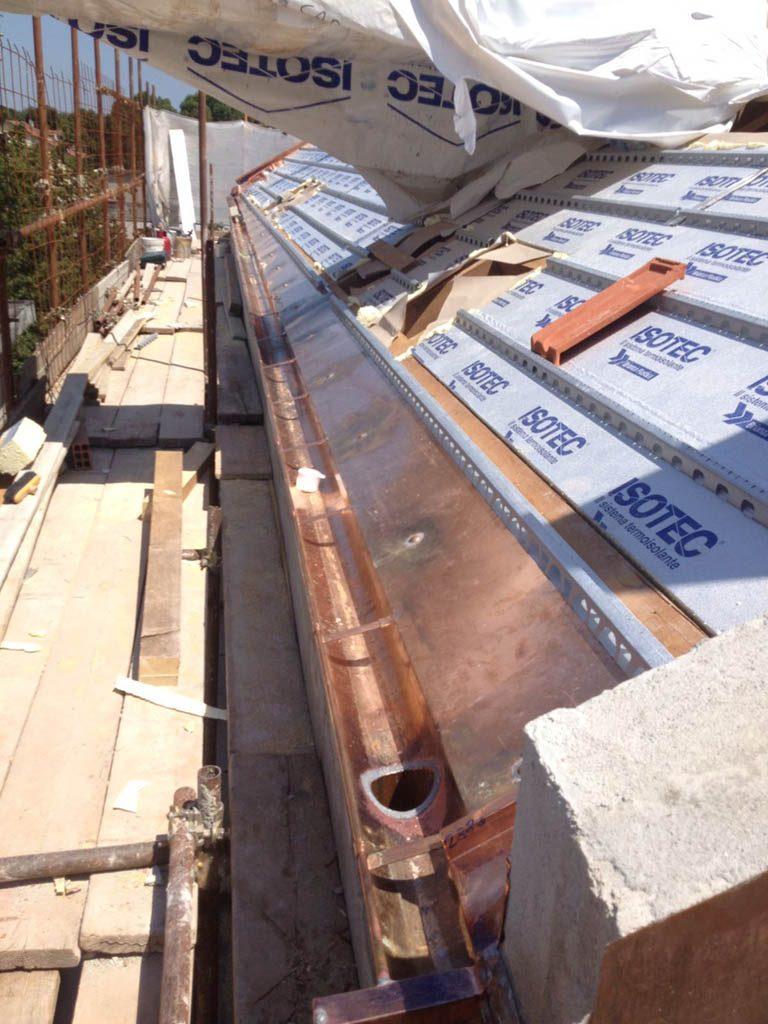 installiamo gronde in rame per tetti