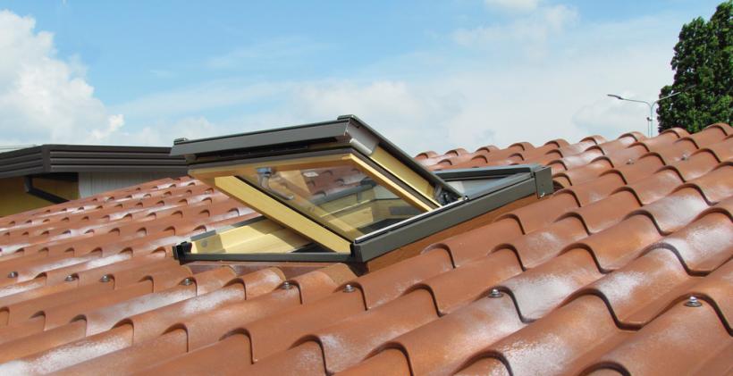 realizziamo finestre Velux e lucernai per tetti e mansarde